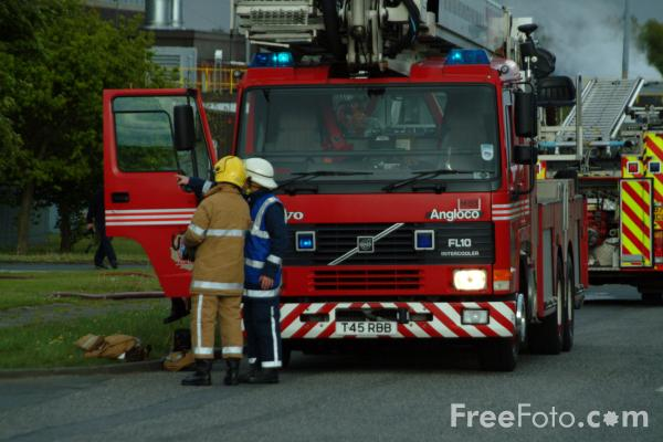 Picture of Factory Fire, Cramlington, Northumberland - Free Pictures - FreeFoto.com
