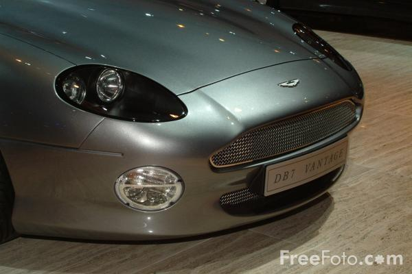 Picture of Aston Martin DB7 Vantage, Birmingham International Motor Show 2002 - Free Pictures - FreeFoto.com