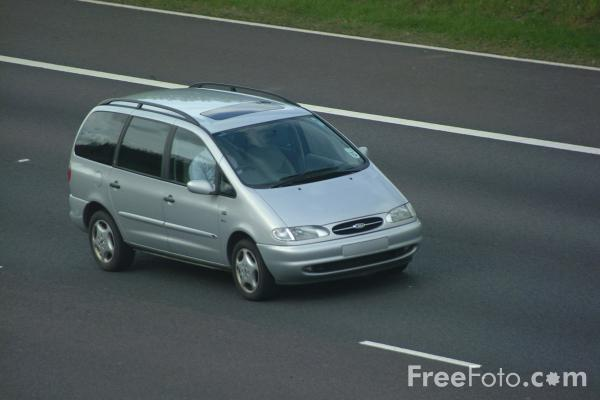 Picture of Ford Minivan - Free Pictures - FreeFoto.com