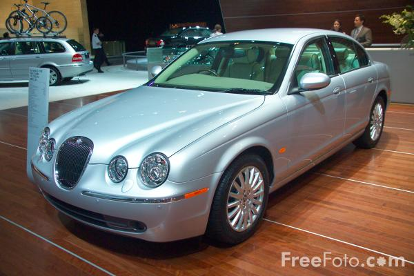 Picture of Jaguar S Type - Free Pictures - FreeFoto.com