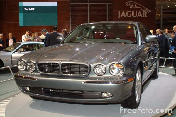 Picture of Jaguar, Birmingham International Motor Show 2002 - Free Pictures - FreeFoto.com