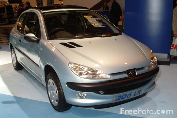 Picture of Peugeot 206 LX - Free Pictures - FreeFoto.com