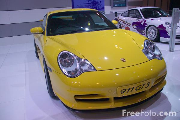 Picture of Porsche 911 GT3 - Free Pictures - FreeFoto.com