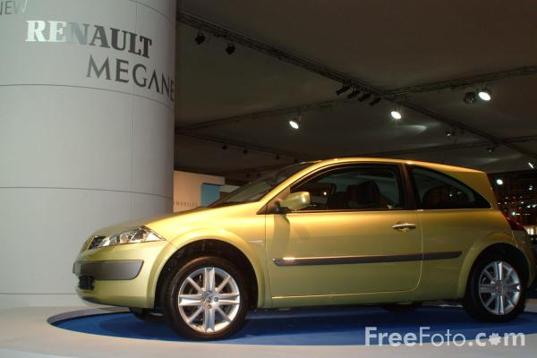 Picture of Renault Megane, Birmingham International Motor Show 2002 - Free Pictures - FreeFoto.com