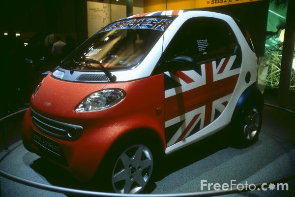 Picture of Smart Car - Free Pictures - FreeFoto.com