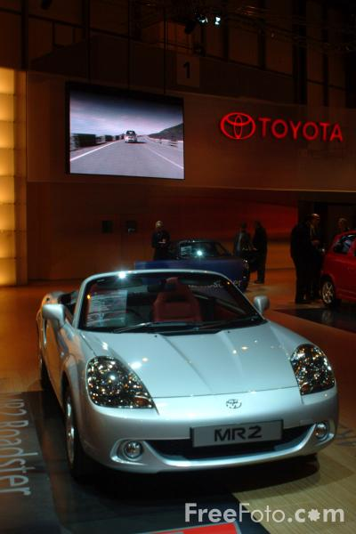 Picture of Toyota MR2, Birmingham International Motor Show 2002 - Free Pictures - FreeFoto.com
