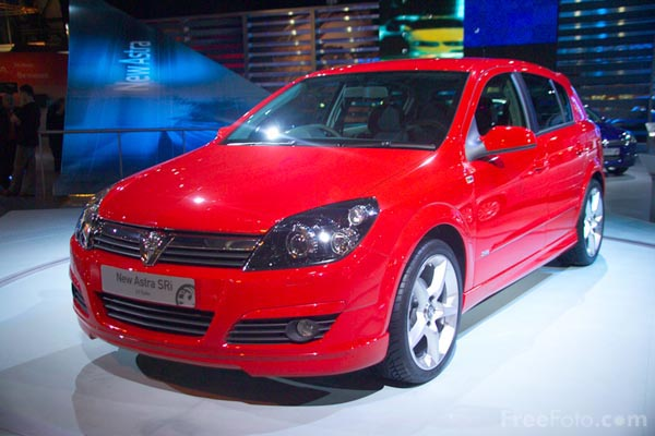 Picture of Vauxhall Astra - Free Pictures - FreeFoto.com
