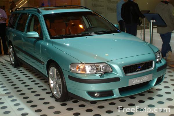 Picture of Volvo V70R, Birmingham International Motor Show 2002 - Free Pictures - FreeFoto.com
