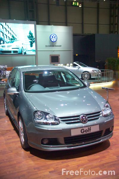 Picture of Volkswagen Golf - Free Pictures - FreeFoto.com