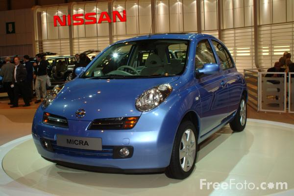 Picture of Nissan Micra, Birmingham International Motor Show 2002 - Free Pictures - FreeFoto.com