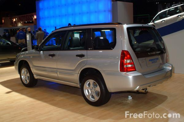 Picture of Subaru Forester, Birmingham International Motor Show 2002 - Free Pictures - FreeFoto.com