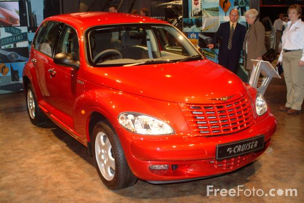 Picture of Chrysler PT Cruiser, Birmingham International Motor Show 2002 - Free Pictures - FreeFoto.com