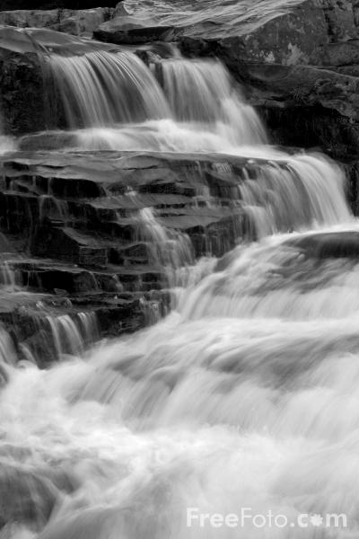 Picture of Jackson Falls, Wildcat River, Jackson, New Hampshire - Free Pictures - FreeFoto.com