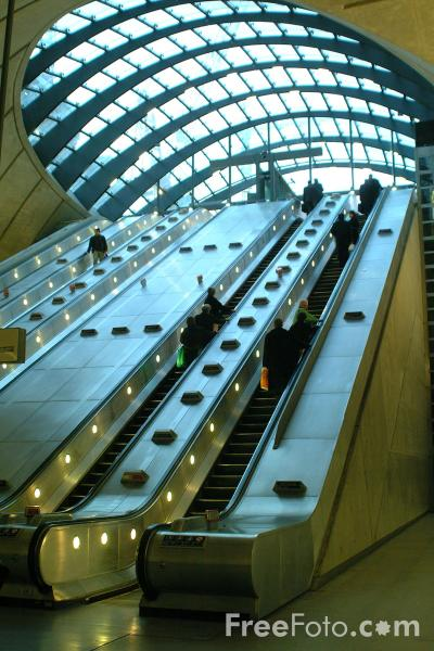 Picture of Canary Wharf Underground Station, London, United Kingdom - Free Pictures - FreeFoto.com