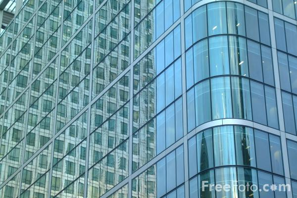 Picture of Office Block, Canary Wharf, London - Free Pictures - FreeFoto.com