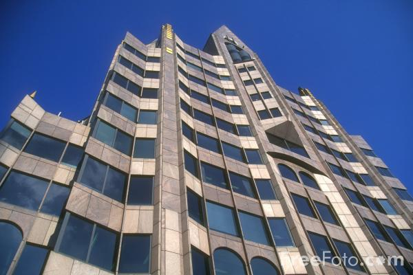 Picture of Minster Court Offices, The City of London - Free Pictures - FreeFoto.com