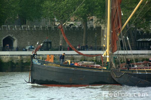Picture of Thames sailing barge, The River Thames, London, England - Free Pictures - FreeFoto.com