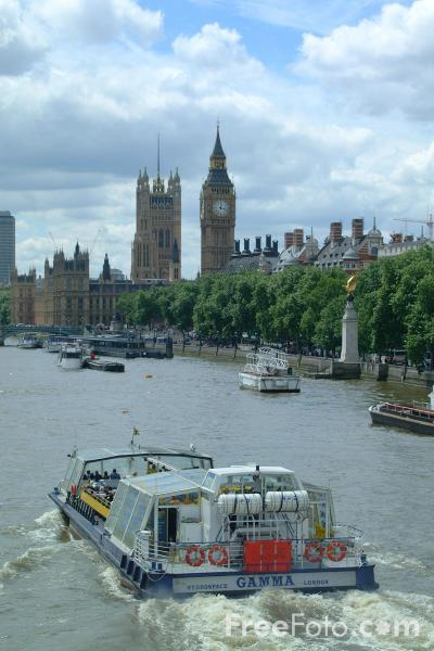 Picture of River Thames Cruise Ship, London, England - Free Pictures - FreeFoto.com