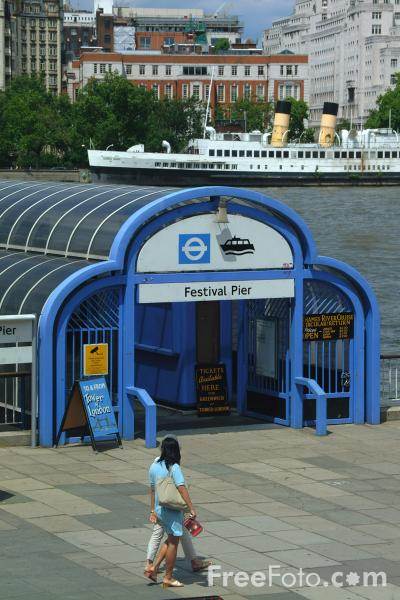 Picture of Festival Pier, The River Thames, London, England - Free Pictures - FreeFoto.com