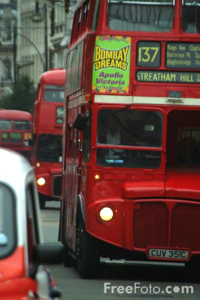 Picture of Route 137, Red Routemaster double decker bus, London, England - Free Pictures - FreeFoto.com