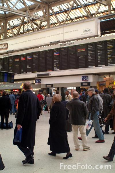 Picture of Waterloo Station, London - Free Pictures - FreeFoto.com