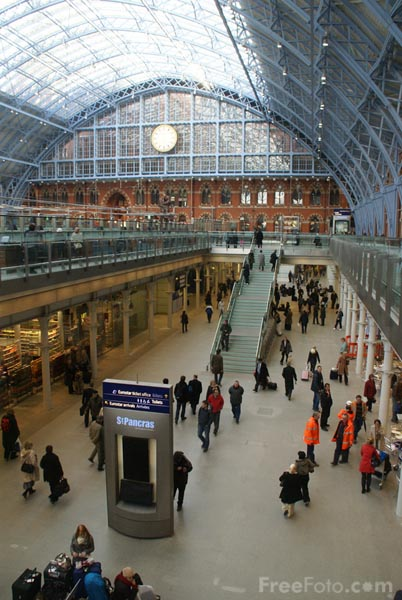 Picture of St Pancras International railway station - Free Pictures - FreeFoto.com