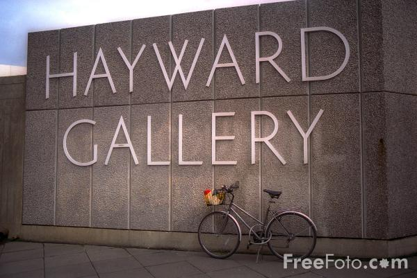 Picture of Hayward Gallery - Free Pictures - FreeFoto.com