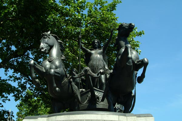 Picture of Boadicea statue at Westminster Bridge, London - Free Pictures - FreeFoto.com