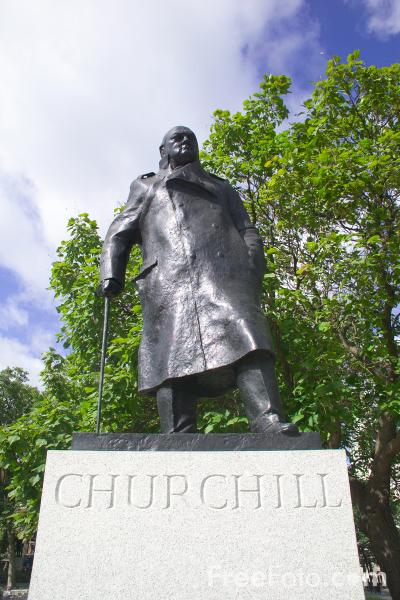 Picture of Statue of Winston Churchill, Parliament Square, London, - Free Pictures - FreeFoto.com