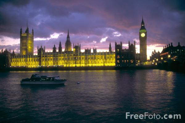 Picture of The Houses of Parliament at night, London, England - Free Pictures - FreeFoto.com