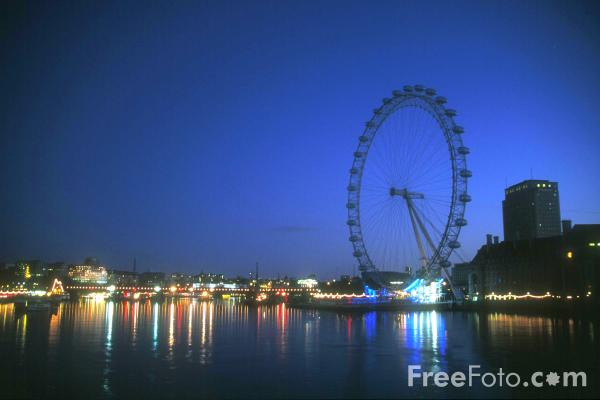 Picture of London Eye at night, London, England - Free Pictures - FreeFoto.com