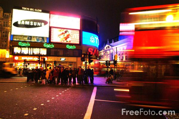 Picture of Piccadilly Circus at night, London, England - Free Pictures - FreeFoto.com