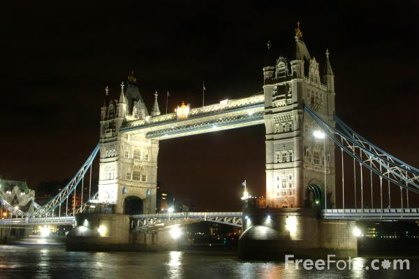 Picture of Tower Bridge at night, London, England - Free Pictures - FreeFoto.com