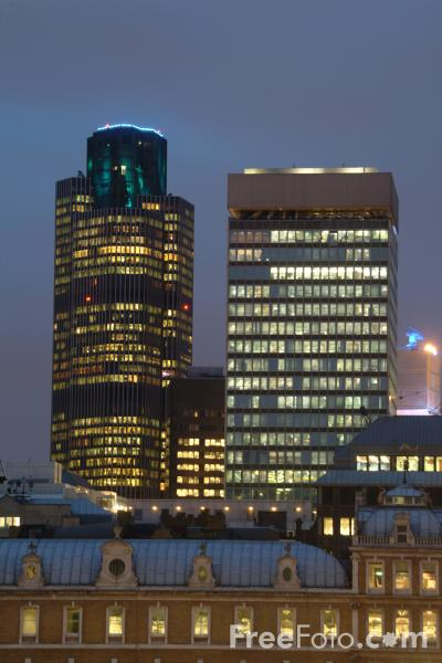 Picture of Tower 42 at night, London, England - Free Pictures - FreeFoto.com