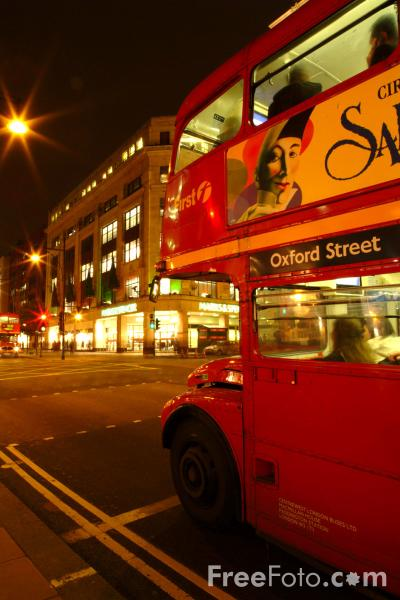 Picture of London Bus at night, London, England - Free Pictures - FreeFoto.com