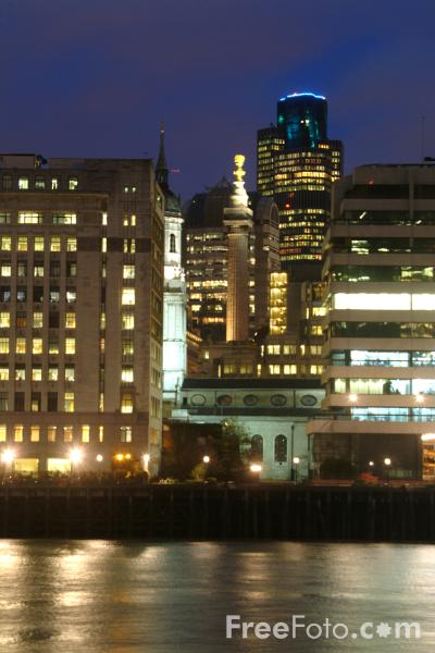 Picture of The City of London at night, London, England - Free Pictures - FreeFoto.com