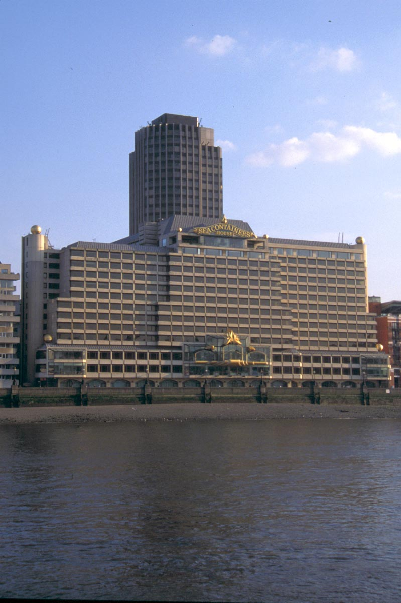 Picture of Sea Containers House, South Bank, London - Free Pictures - FreeFoto.com