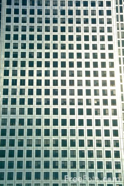 Picture of One Canada Square - The tallest building in the United Kingdom. - Free Pictures - FreeFoto.com