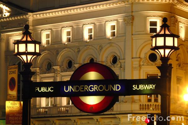 Picture of London Underground Sign - Free Pictures - FreeFoto.com