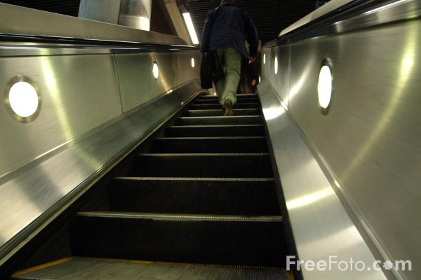 Picture of Escalator, London Underground - Free Pictures - FreeFoto.com