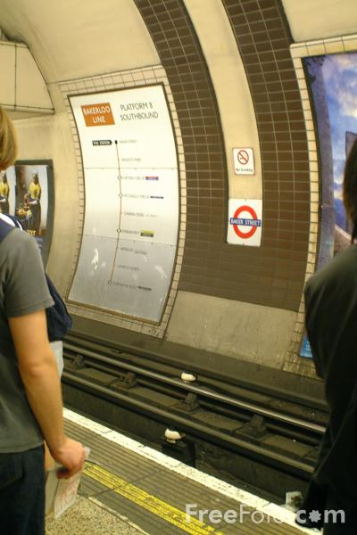 Picture of Baker Street Station, Bakerloo Line, London Underground - Free Pictures - FreeFoto.com