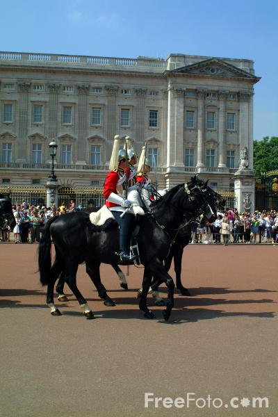 Picture of Changing of the Guard, Buckingham Palace, London, United Kingdom - Free Pictures - FreeFoto.com
