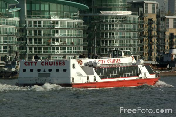 Picture of City Cruises, River Thames, London - Free Pictures - FreeFoto.com