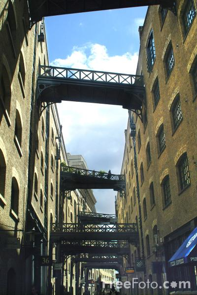 Picture of Butlers Wharf - Free Pictures - FreeFoto.com