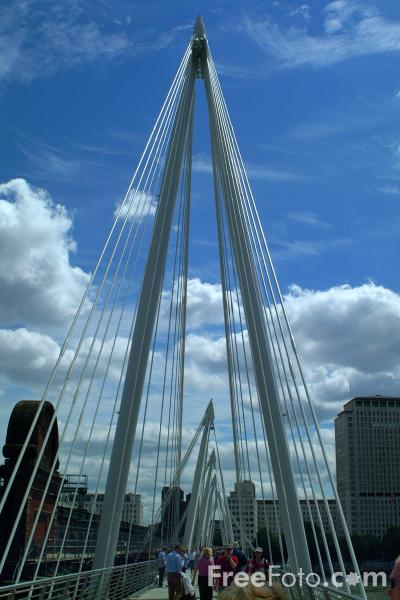 Picture of Hungerford Bridge, London, England - Free Pictures - FreeFoto.com