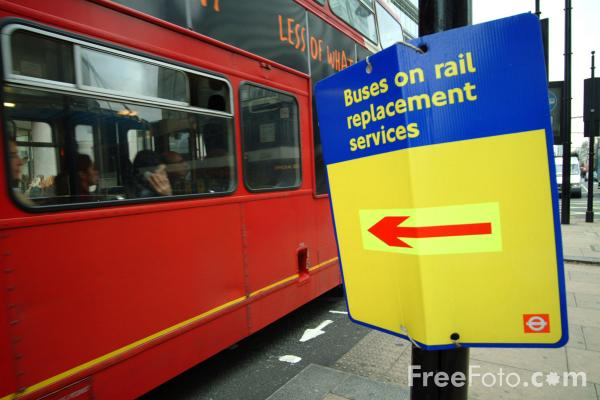 Picture of Buses on rail replacement services - Free Pictures - FreeFoto.com
