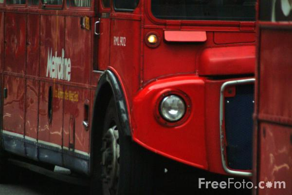 Picture of Metroline double decker bus - Free Pictures - FreeFoto.com