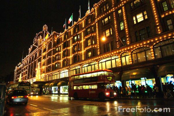 Picture of Knightsbridge, London, England - Free Pictures - FreeFoto.com