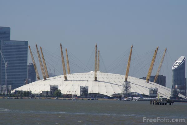 Picture of The River Thames, Greenwich, London - Free Pictures - FreeFoto.com
