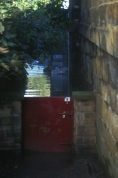 Picture of Flood Gate, Yarm On Tees - Free Pictures - FreeFoto.com